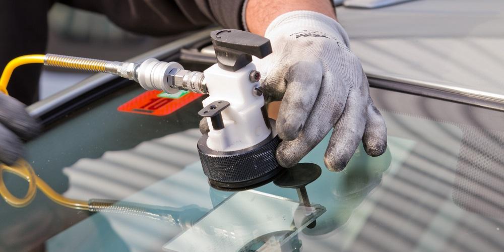 Car paint scratch repair southampton for Paint chip repair near me